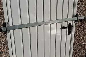 Shed security bar