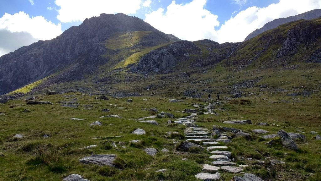 Tryfan to the left